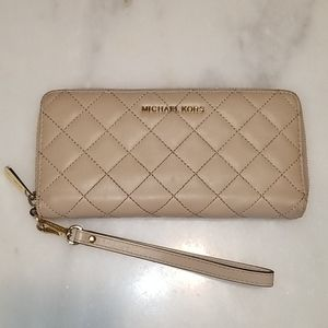 Michael Kors Quilted Tan Leather Full Zip Wallet